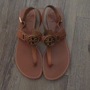 Tory Burch cassia sandals • size 8